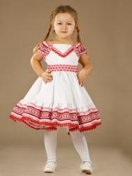 Вишиті сукні для дівчаток